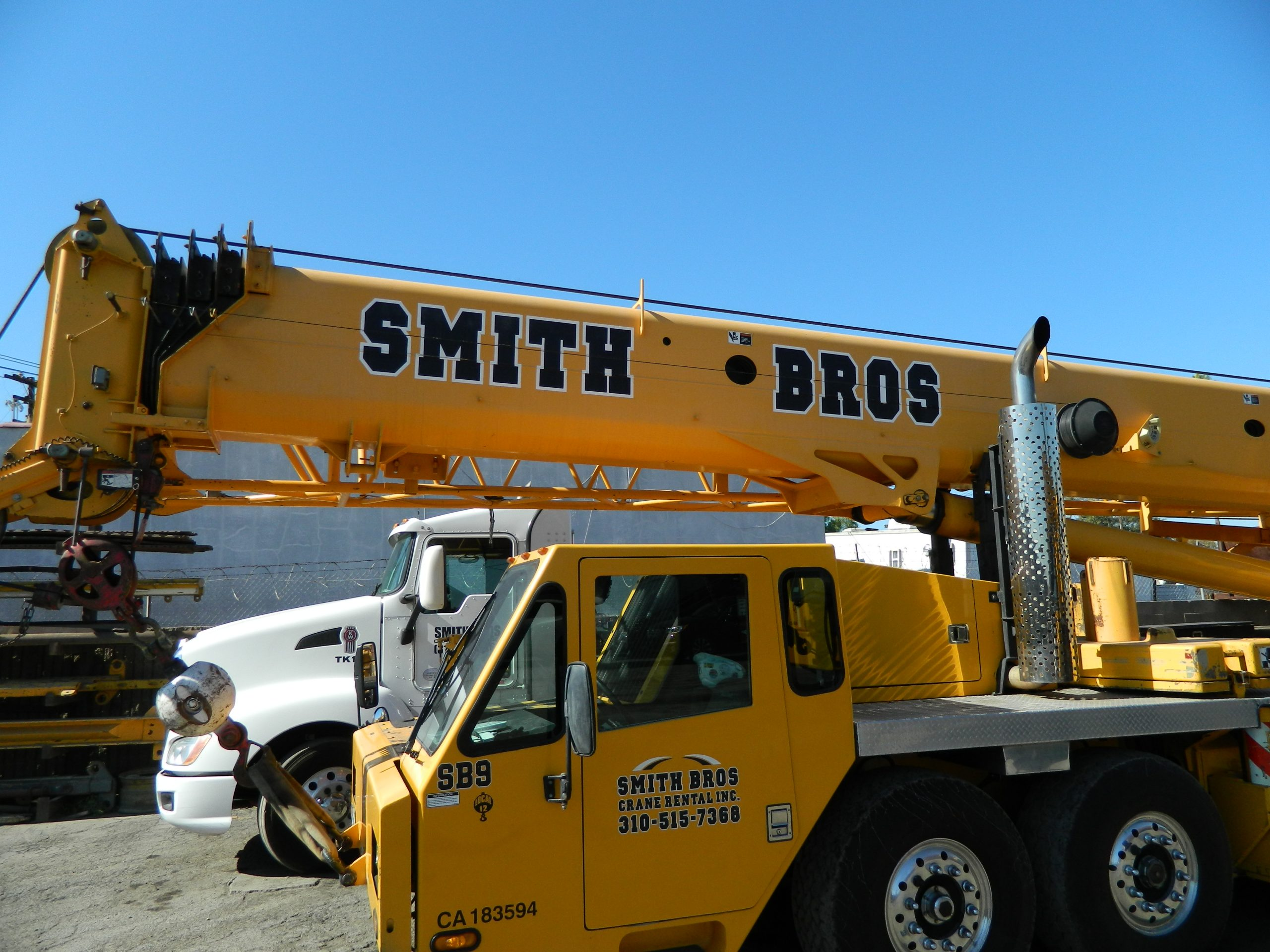 crane rental lot, Gardena California